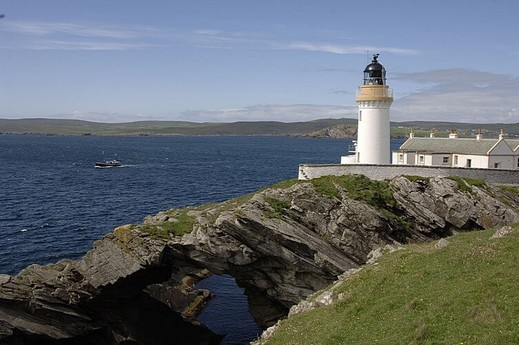 Lighthouse 11 Bressay photo 6