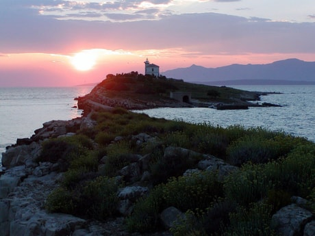 Lighthouse 37 Plocica photo 4