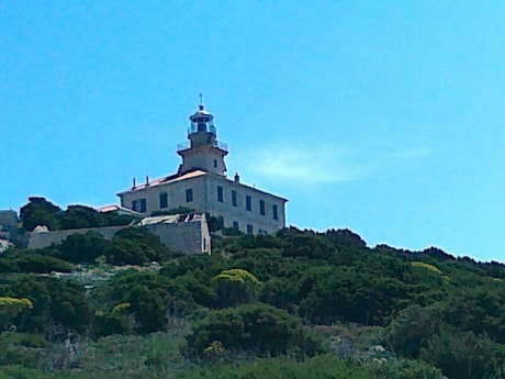 Lighthouse 38 Susac photo 6
