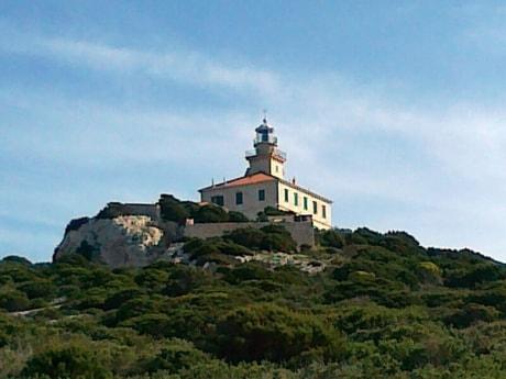 Lighthouse 38 Susac photo 1