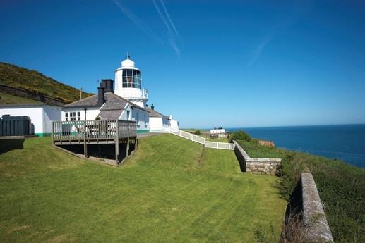 Lighthouse 72 Whitby photo 2