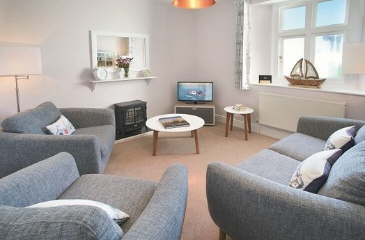 Spacious living room with plenty of sofa space