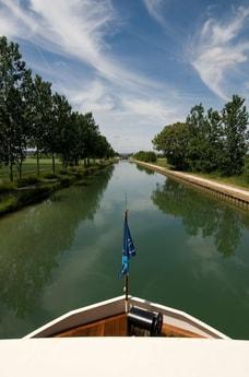River trip 21 Dijon photo 7