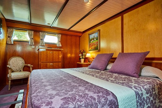 Our 4 cabins are individually decorated and can be either King or twin beds.