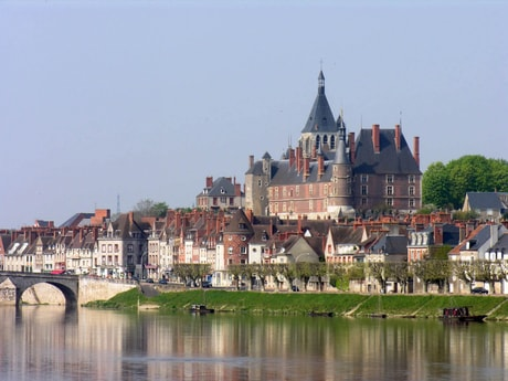 Gien on the banks of the Loire river