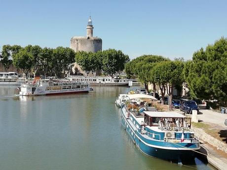 River trip 32 Avignon photo 0