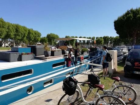 River trip 32 Avignon photo 8