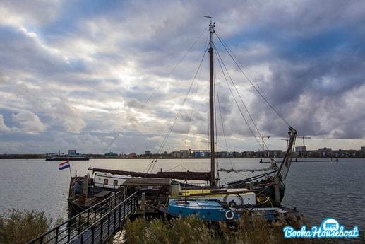 Sailing ship 485 Amsterdam photo 0