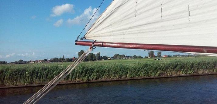 Sailing ship 627 Muiden photo 1