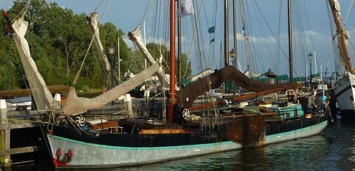 Sailing ship 627 Muiden photo 16