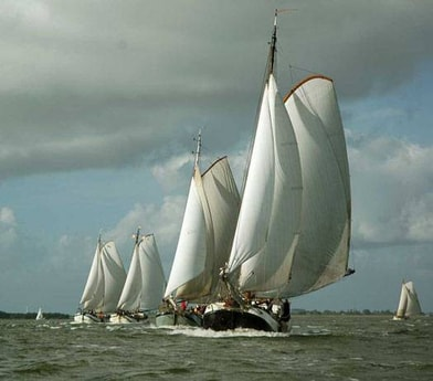 Sailing ship 654 Monnickendam photo 3