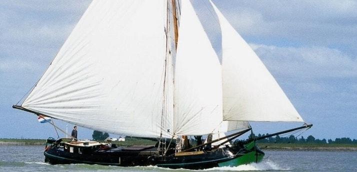 Sailing ship 664 Makkum photo 0