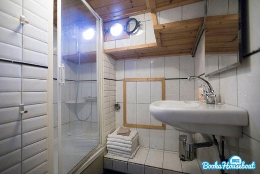 Sailing ship 690 Amsterdam photo 5