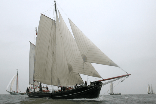 Sailing ship 700 Harlingen photo 0