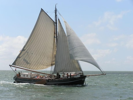 Sailing ship 705 Makkum photo 0