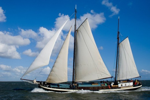 Sailing ship 708 Harlingen photo 0
