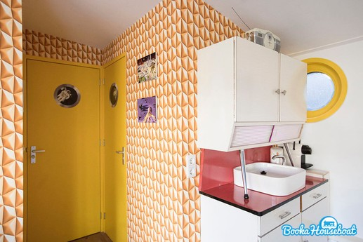 Quirky accommodation 2 Amsterdam photo 3