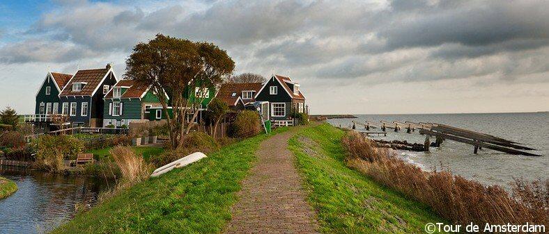 Tour de Amsterdam Houseboat rentals