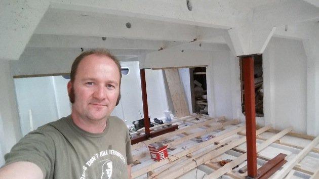 Houseboat Amsterdam bedroom renovation