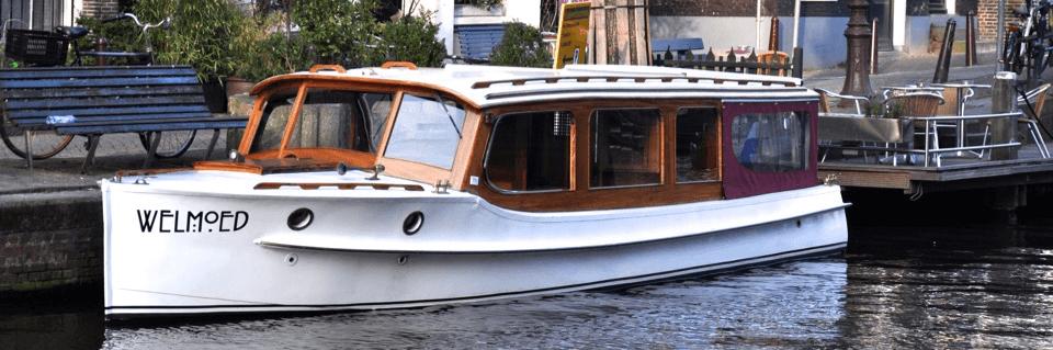 Saloon boat rental Amsterdam
